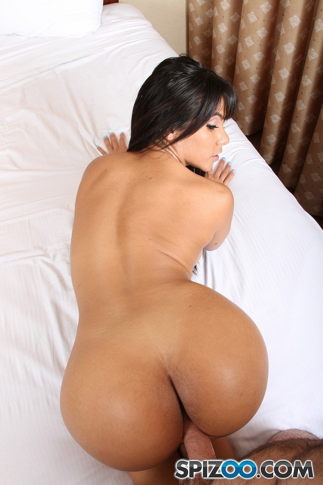 free dl pussy naked star